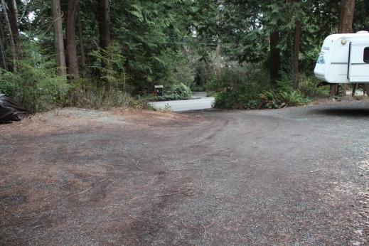 un-graded driveway